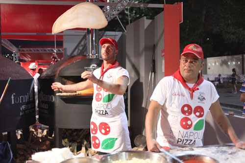 NAPOLIPIZZAVILLAGE-2.jpg